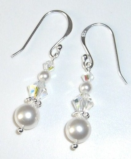 alicia earrings ivory (426 x 516)