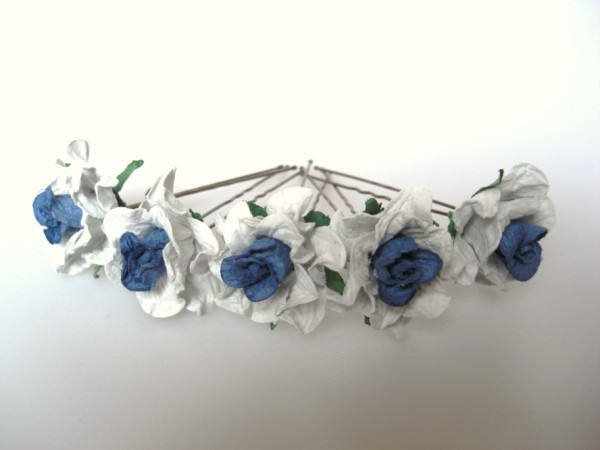 two-tone blue curly wild roses 3.5cm