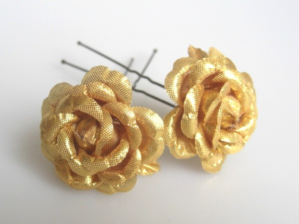 Large Gold roses x2