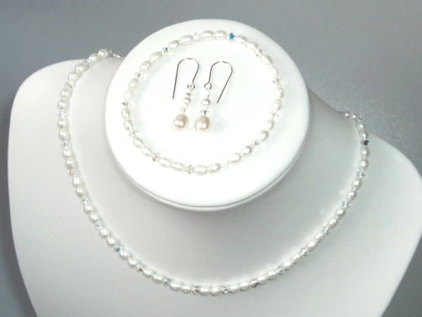 Handcrafted freshwater pearl and Swarovski crystal necklace, earring set