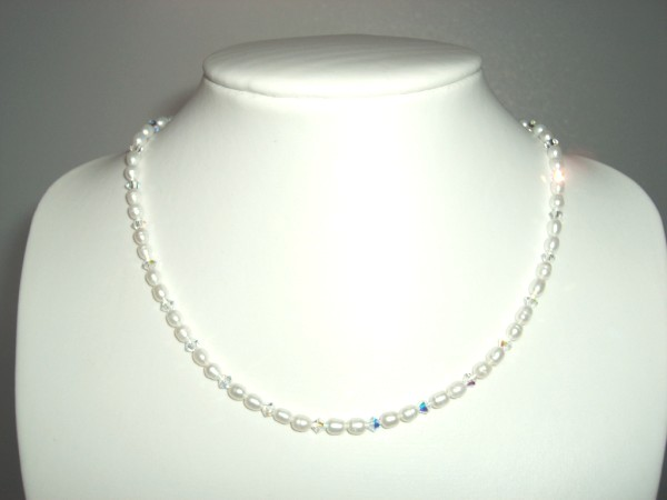 Freshwater pearl and Swarovski crystal necklace with sterling silver clasp