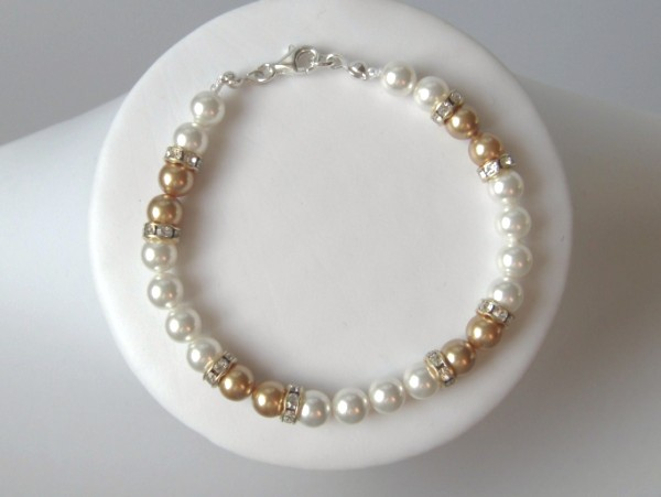 White and gold Swarovski pearl bracelet with sterling silver clasp