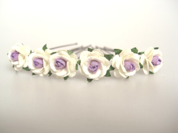two-tone  lavender centre small roses 1.5cm