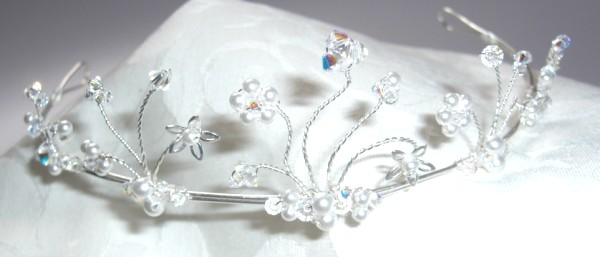 Alicia tiara with ivory white pearls