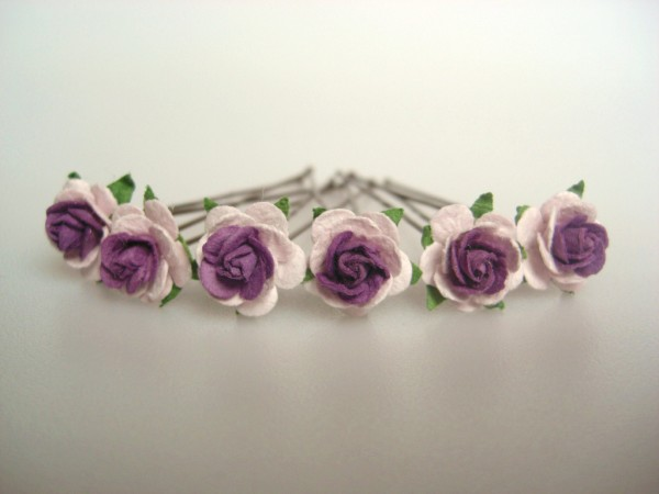 two-tone lilac purple small roses