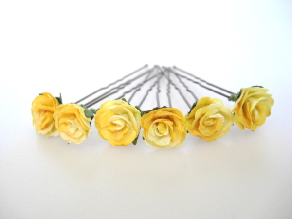 two-tone yellow rose hairflowers